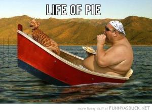 funny-fat-man-boat-cat-life-of-pie-pics